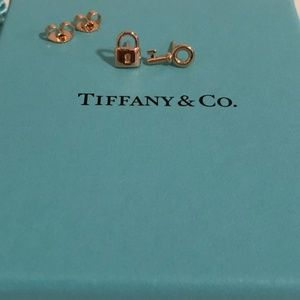 Tiffany & Co 18k Rose Gold Key And Padlock Earring